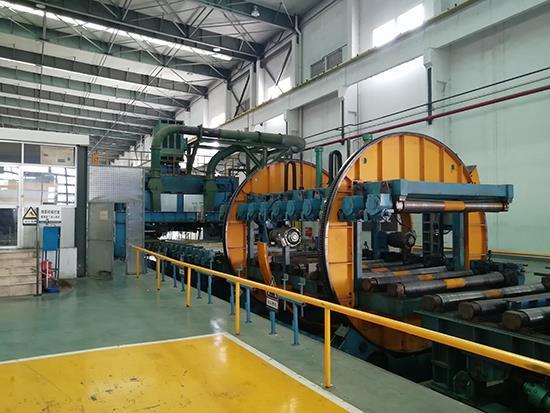 CNC milling machine with dragon door ingot